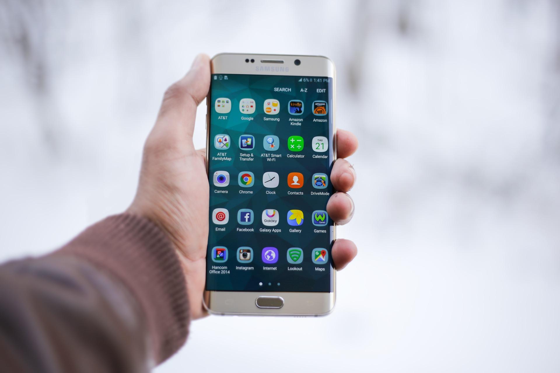 smartphone-1283938_1920
